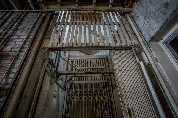 warehouse film location los angeles