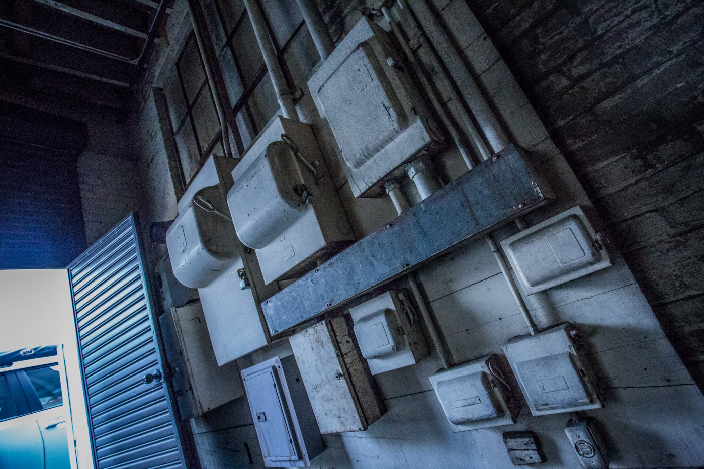 poodle parlor warehouse los angeles